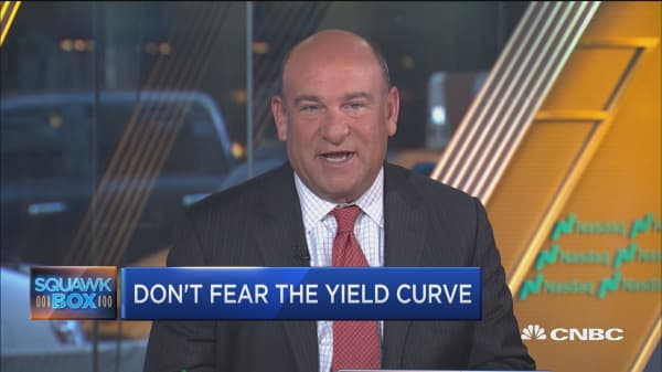 Don't fear the yield curve. Here's why