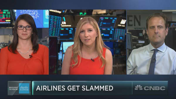 Airline stocks see crash landing ahead of Delta earnings
