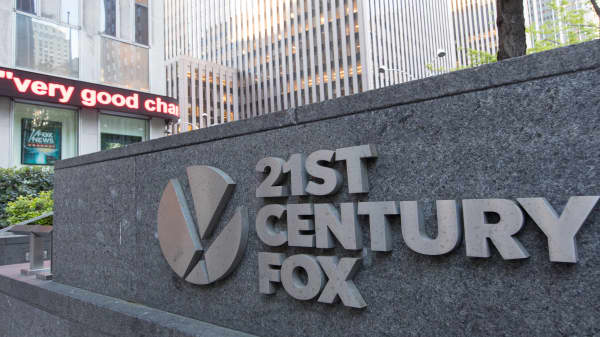 21st Century Fox ups bid for UK broadcaster Sky