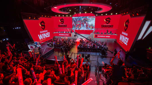 Spectators react when the Shanghai Dragons beat the New York Excelsior in a game during Stage 3 of Overwatch League Inaugural Season videogame play at Blizzard Arena on May 4, 2018 in Burbank, California.
