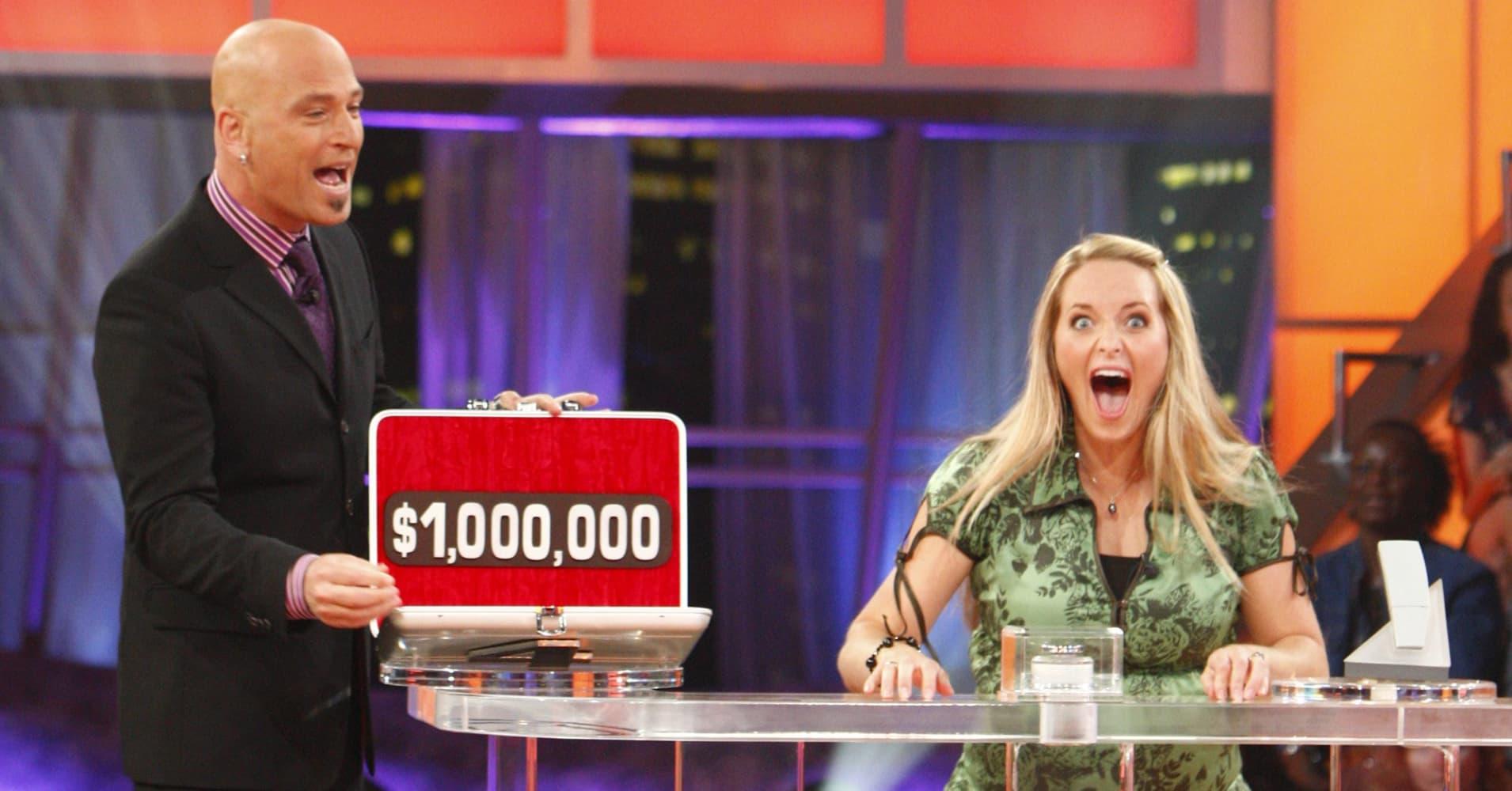 Host Howie Mandel, Million Dollar Winner Jessica Robinson