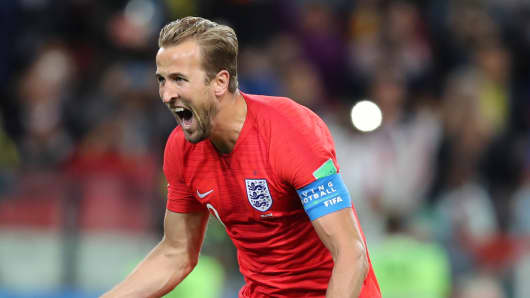 MOSCOW, RUSSIA - JULY 03: Harry Kane of England  celebrates as he scores the goal 0:1 during the 2018 FIFA World Cup Russia Round of 16 match between Colombia and England at Spartak Stadium on July 3, 2018 in Moscow, Russia. (Photo by Stefan Matzke - sampics/Corbis via Getty Images)