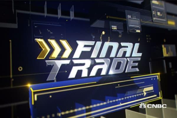 Final Trade: CGC, DAL & more