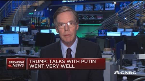 Trump refusal to say criticism on Russian DNC involvement 'extremely negative', says ambassador