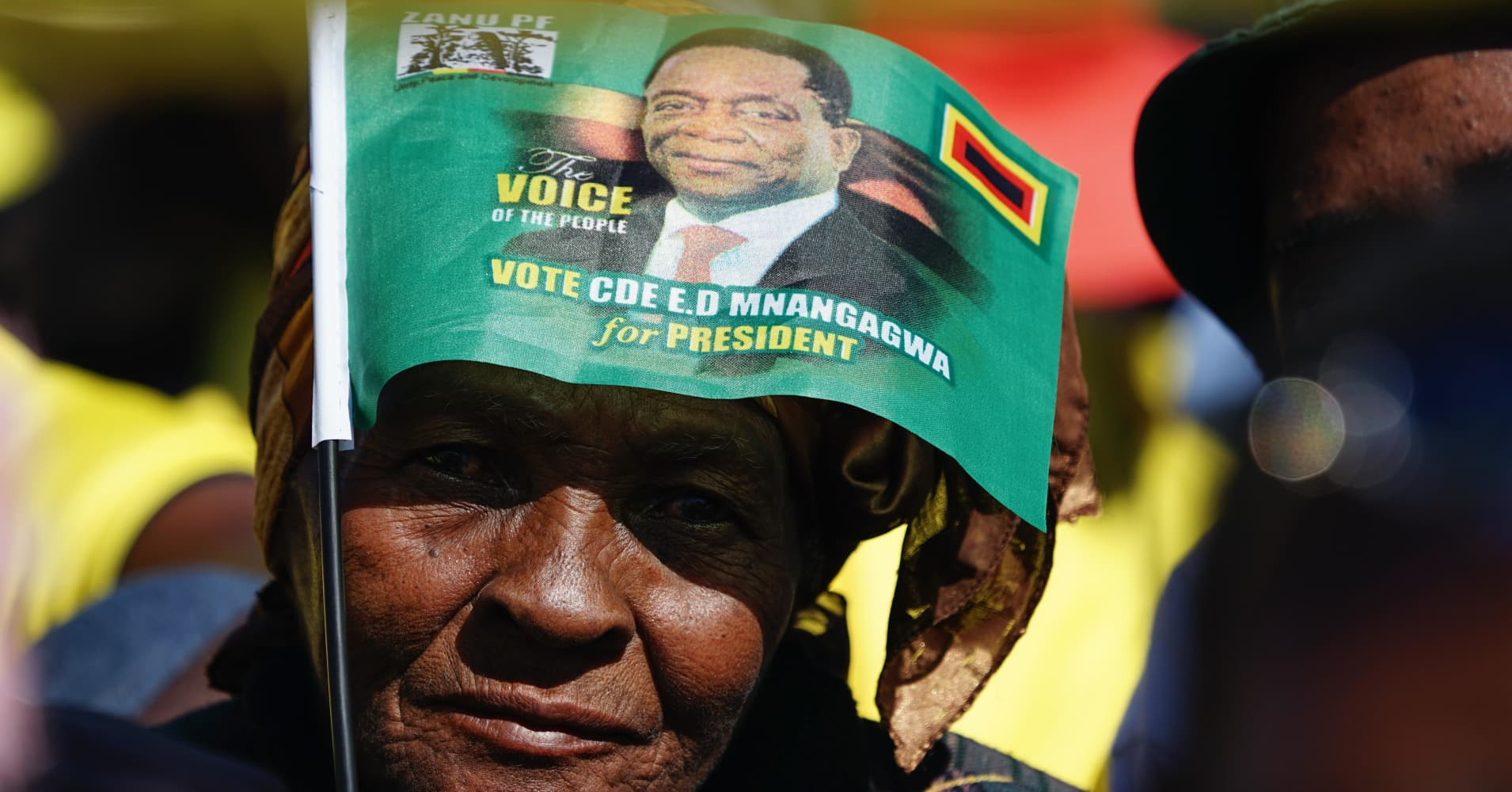 Zimbabweans begin voting in first election since Mugabe's removal