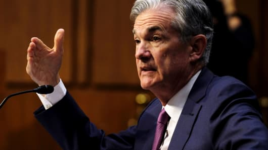 Federal Reserve Chairman Jerome Powell gives testimony on the economy and monetary policy before the Senate Banking Committee in Washington, July 17, 2018.