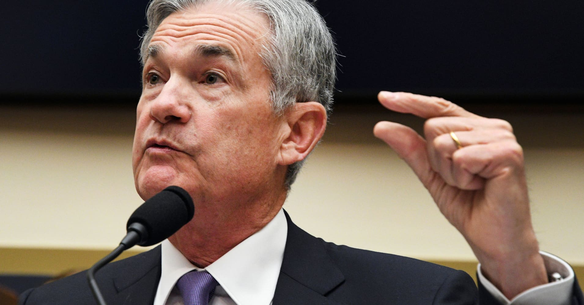 Congress asked the Fed chief about marijuana banking: 'It would be nice to have clarity'