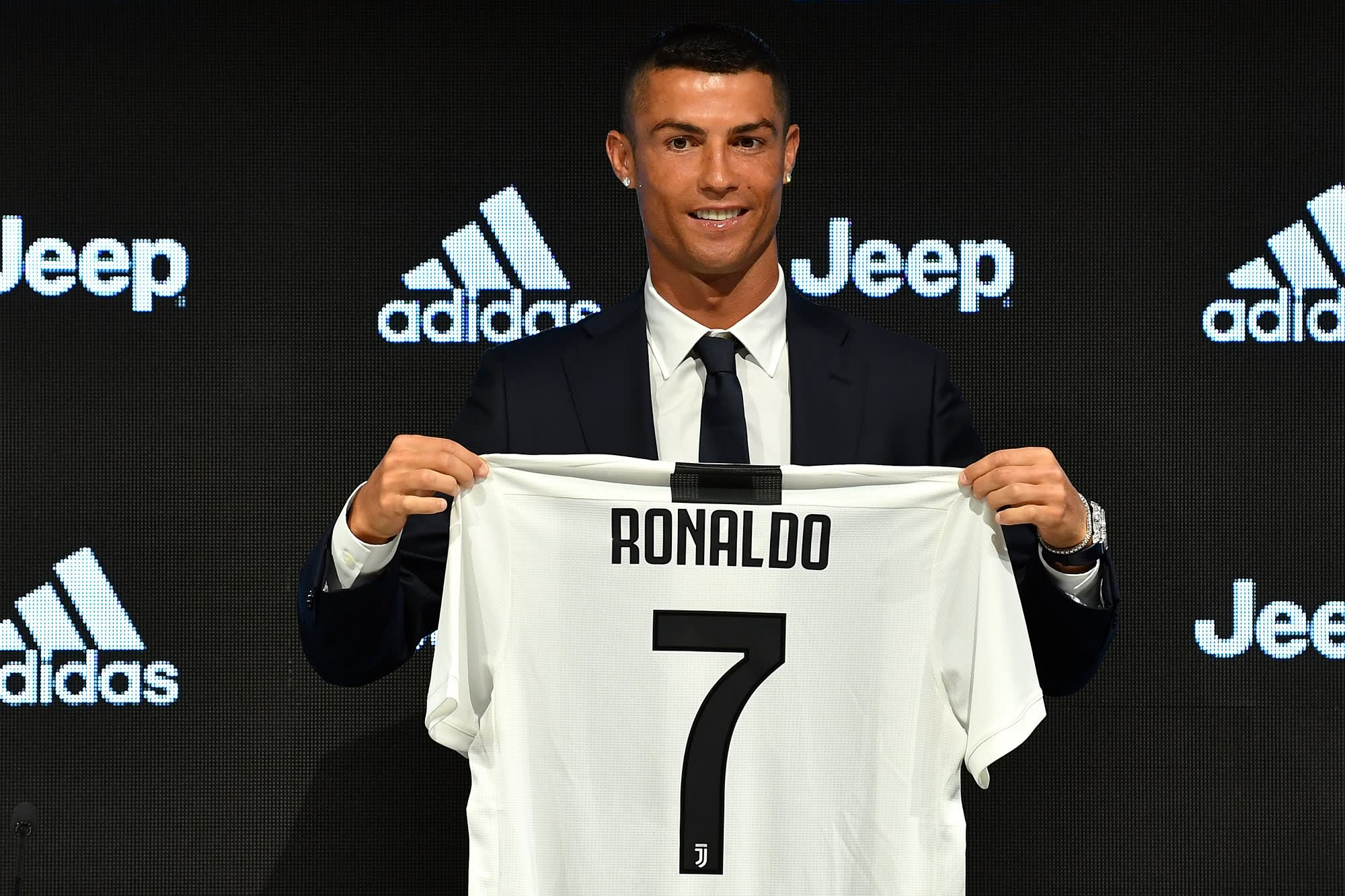 Juventus sold over  60 million of Ronaldo jerseys in just one day b99029d3b