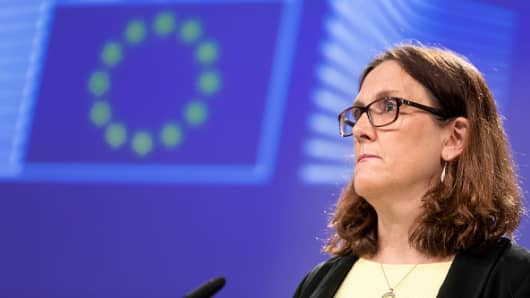 European Commissioner for Trade Cecilia Malmstroem addresses a press conference on the US restrictions on imported steel and aluminium at the Berlaymont, the European Commission headquarters, on June 1, 2018 in Brussels, Belgium.