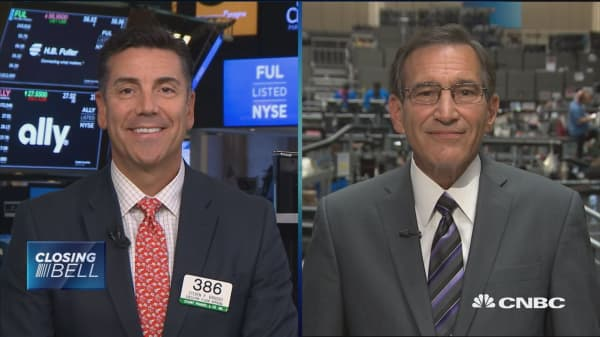 Closing Bell Exchange: Trade war and interest rates loom over markets