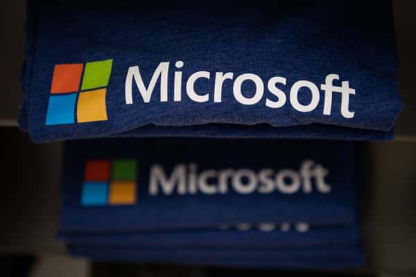 As Microsoft gains cloud share, Amazon and Google embrace
