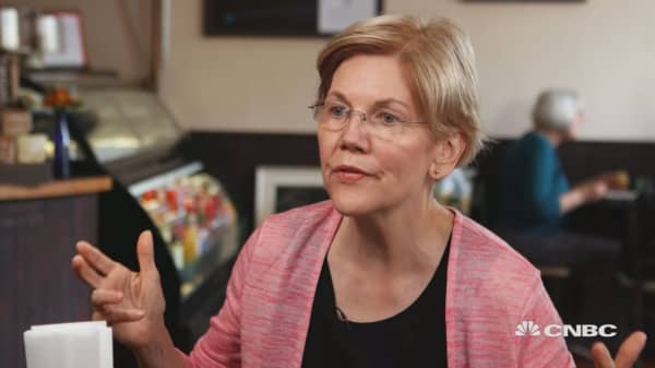 Like Trump, Warren wants new trade policies