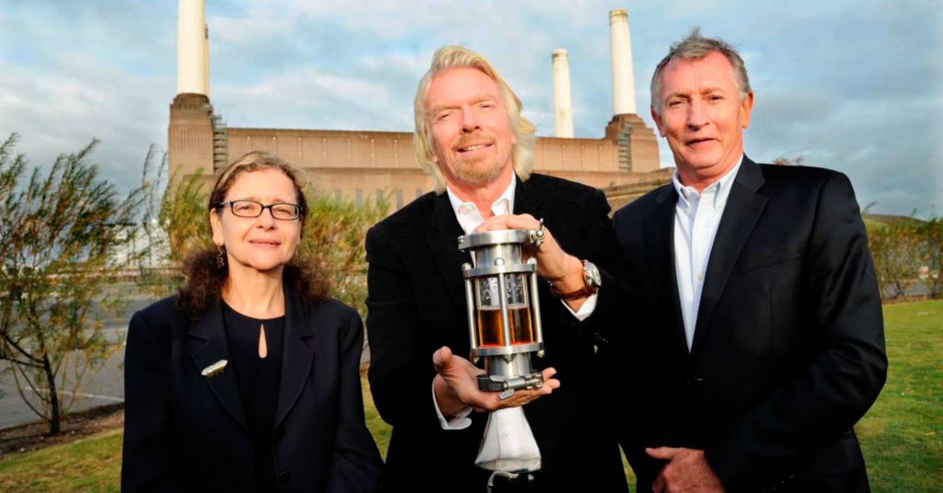 LanzaTech CEO Jennifer Holmgren with Richard Branson and the then CEO of Virgin Atlantic, Steve Ridgway, in front of Battersea Power Station in London in 2011 when LanzaTech and Virgin Atlantic announced their partnership.
