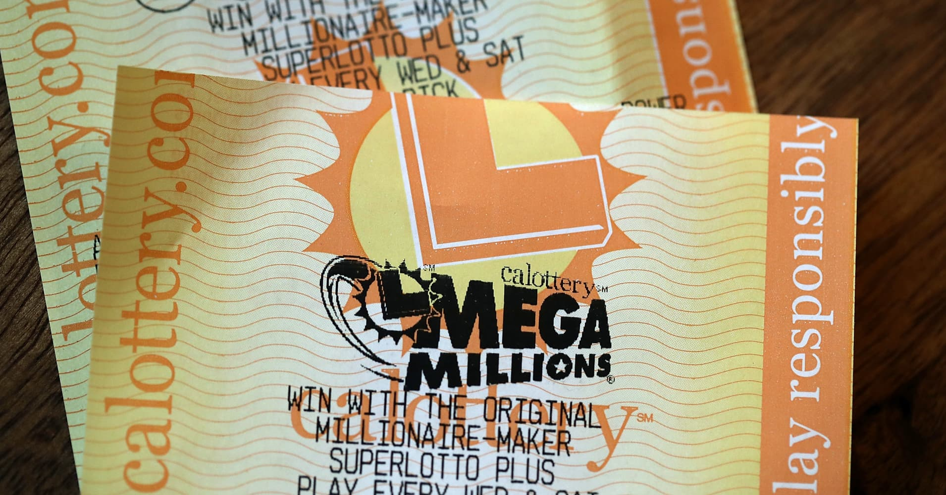 Mega Millions jackpot at $868 million, the second-largest US lottery prize ever
