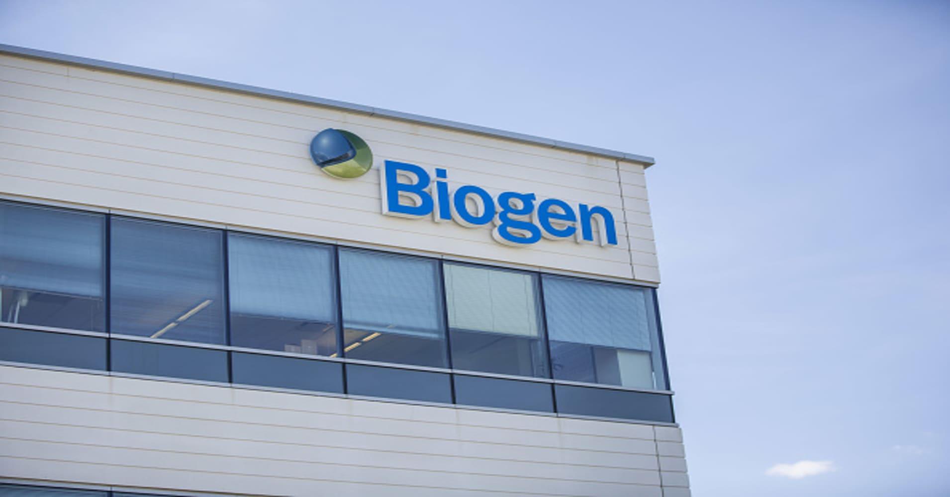 Biogen shares plunge nearly 30% after ending trial for potential blockbuster Alzheimer's drug