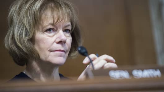 Sen. Tina Smith, D-Minn., attends a Senate Energy and Natural Resources Committee hearing in Dirksen Building titled 'The Domestic and Global Energy Outlook,' on January 16, 2018.