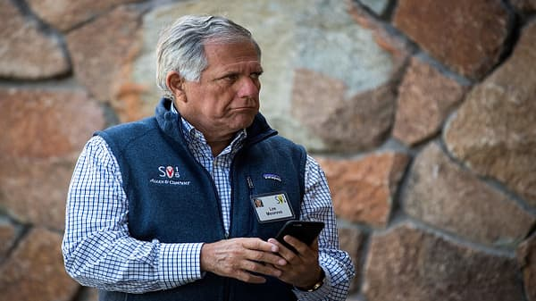CBS stock plunges on reported Les Moonves accusations