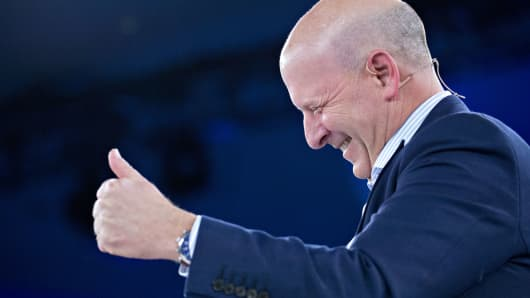David Solomon, co-president and co-chief operating officer of Goldman Sachs Group Inc., gives a thumbs-up during a discussion at the Goldman Sachs 10,000 Small Businesses Summit in Washington, D.C.,