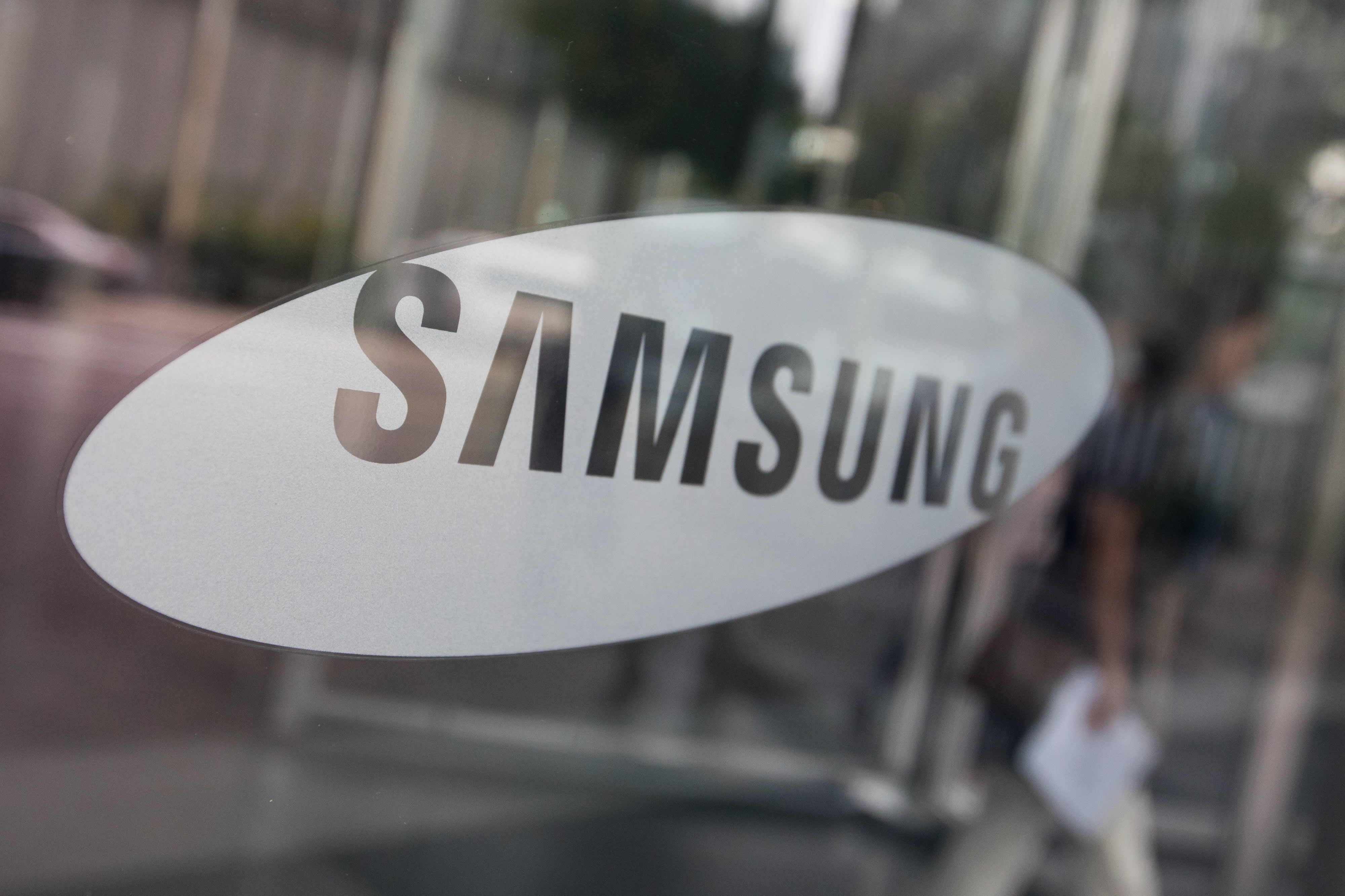 Samsung To Invest 22 Billion Into New Growth Areas Like Ai And 5g