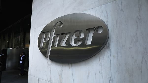 Pfizer CEO: Made decision to defer drug prices after Trump tweet