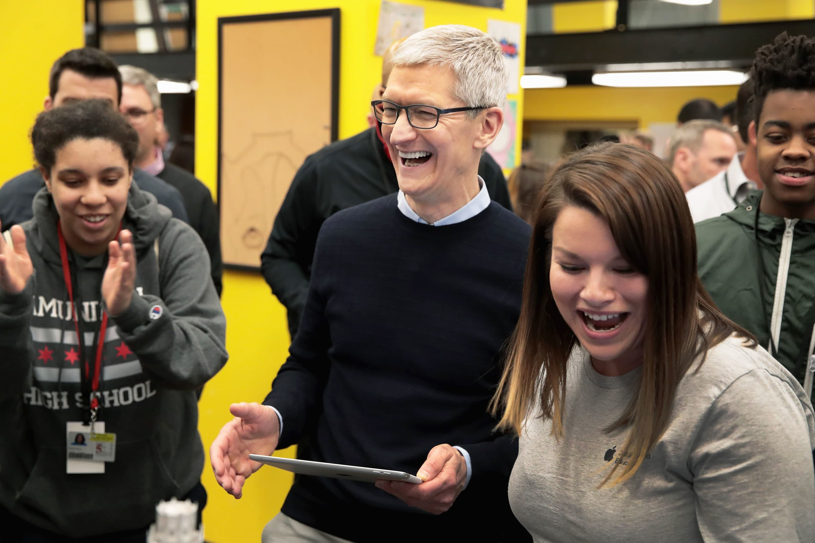 Google Apple And 12 Other Companies That No Longer Require Employees To Have A College Degree