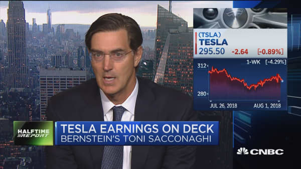 Here's what Bernstein's Sacconaghi is looking for in Tesla's earnings