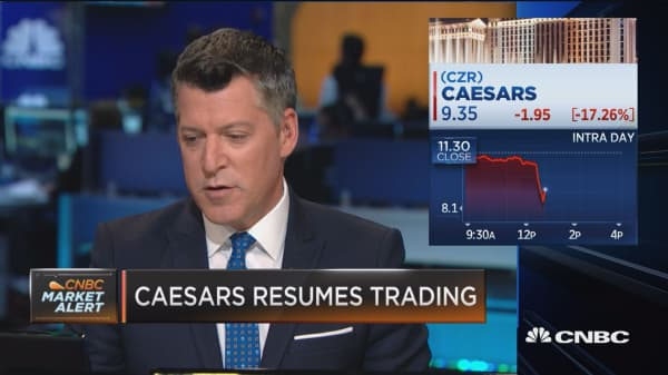 Caesars resumes trading, fall result of bookings