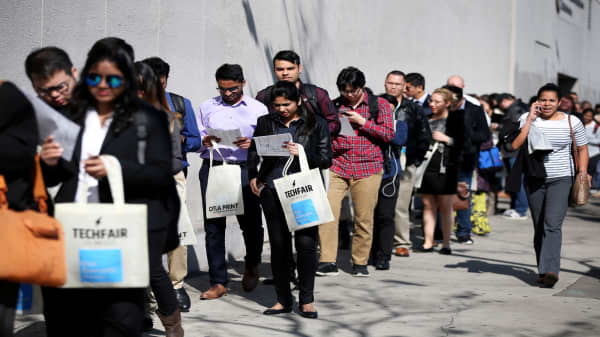 Initial jobless claims up 1,000 to 218,000