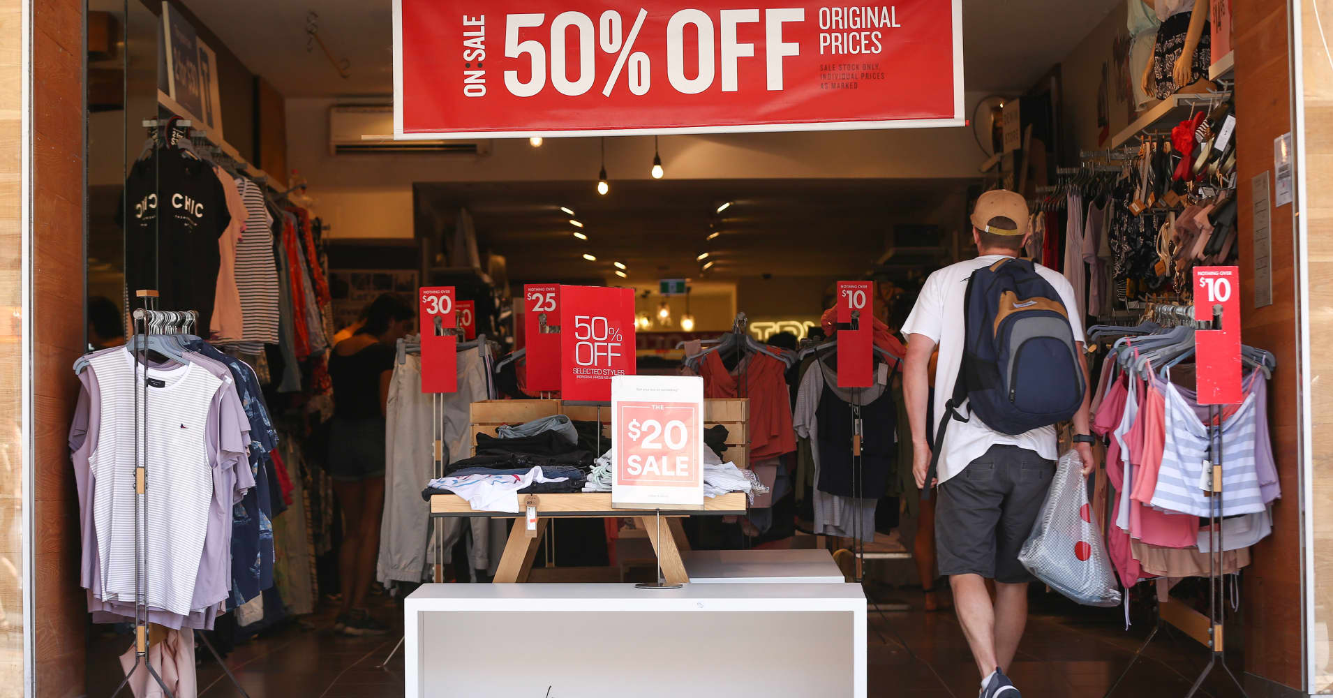 Australia's second-quarter retail sales brighten prospects for economy
