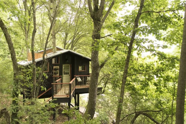 A treehouse near Chattanooga.