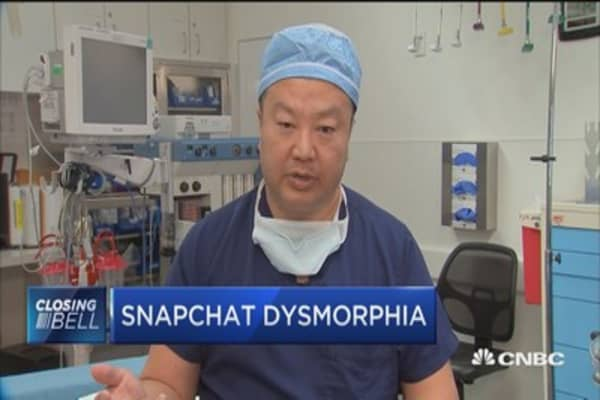 Snapchat dysmorphia: Increase in patients seeking Snapchat filter look