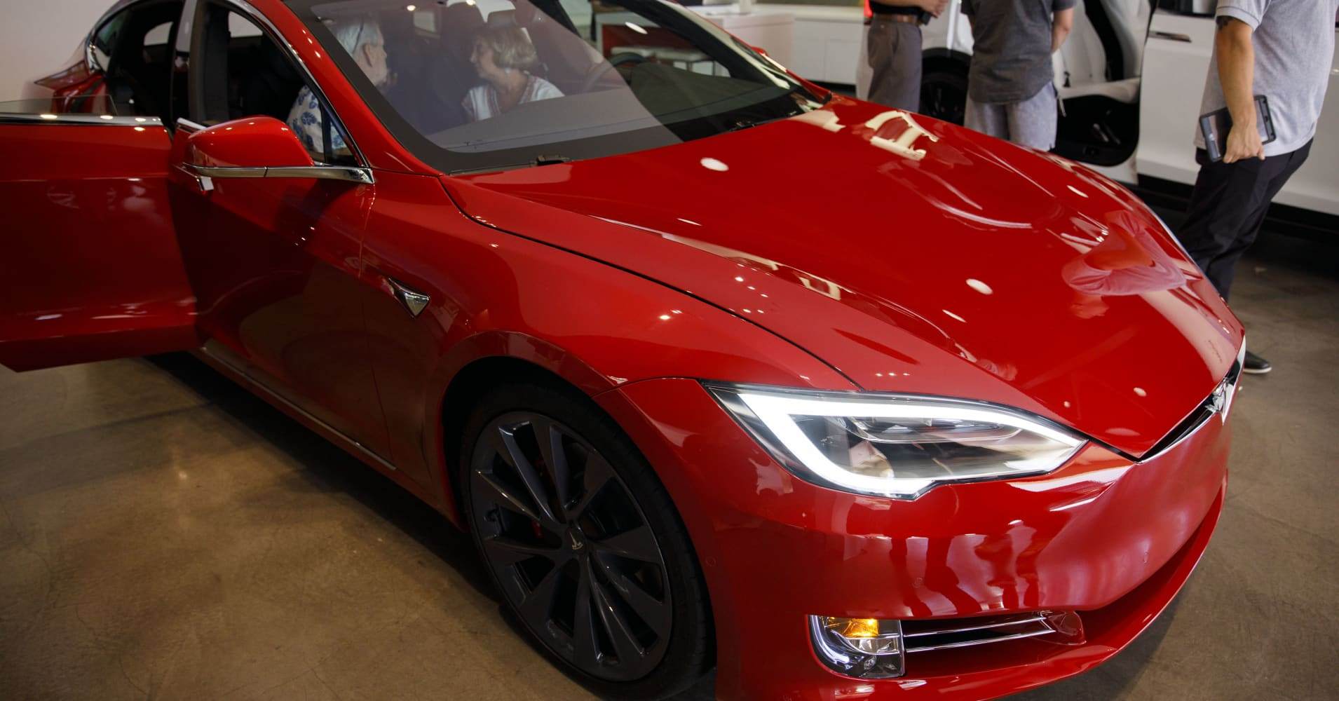 Tesla Model S Catches Fire in California Town: Fire Department