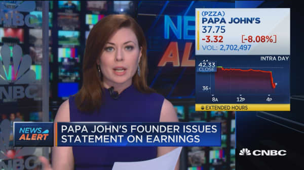 Papa John's founder issues statement on earnings