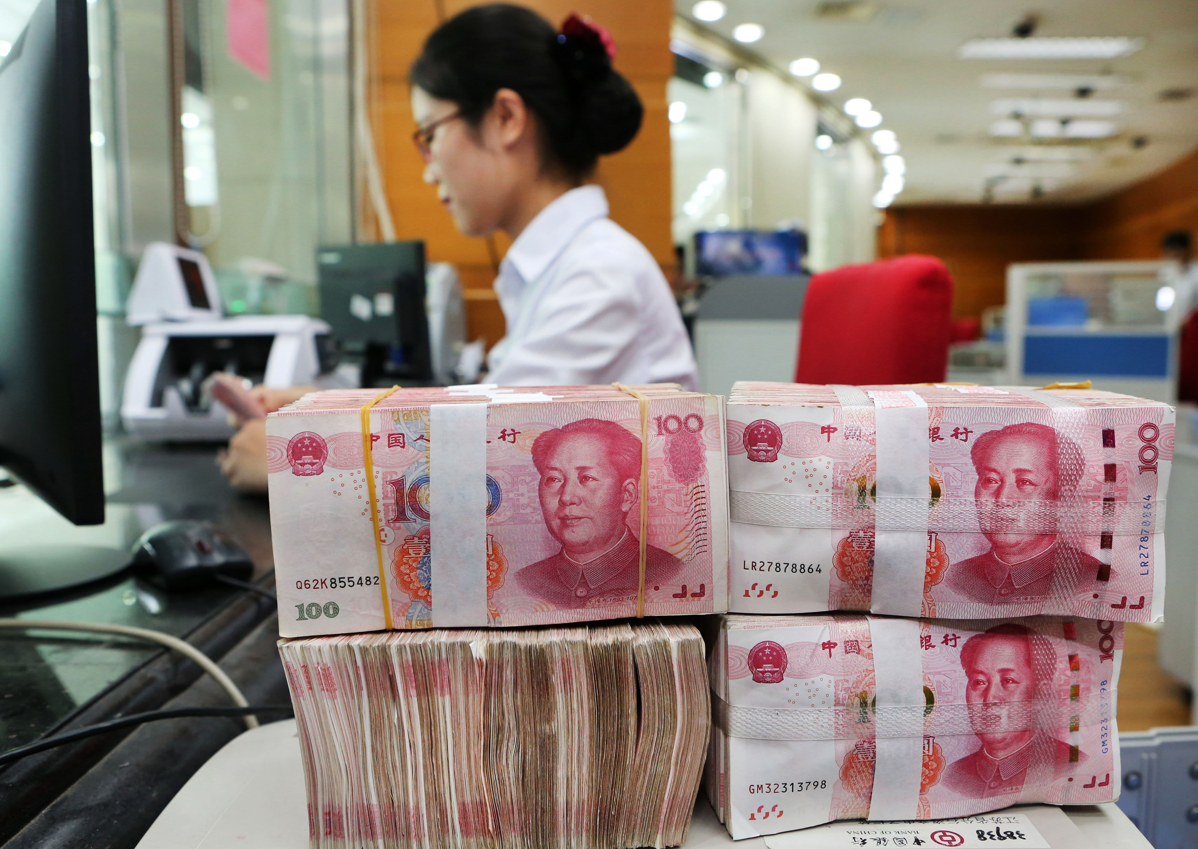 Dark Cloud Of Trade War Hovers Over Chinese Yuan Globalization