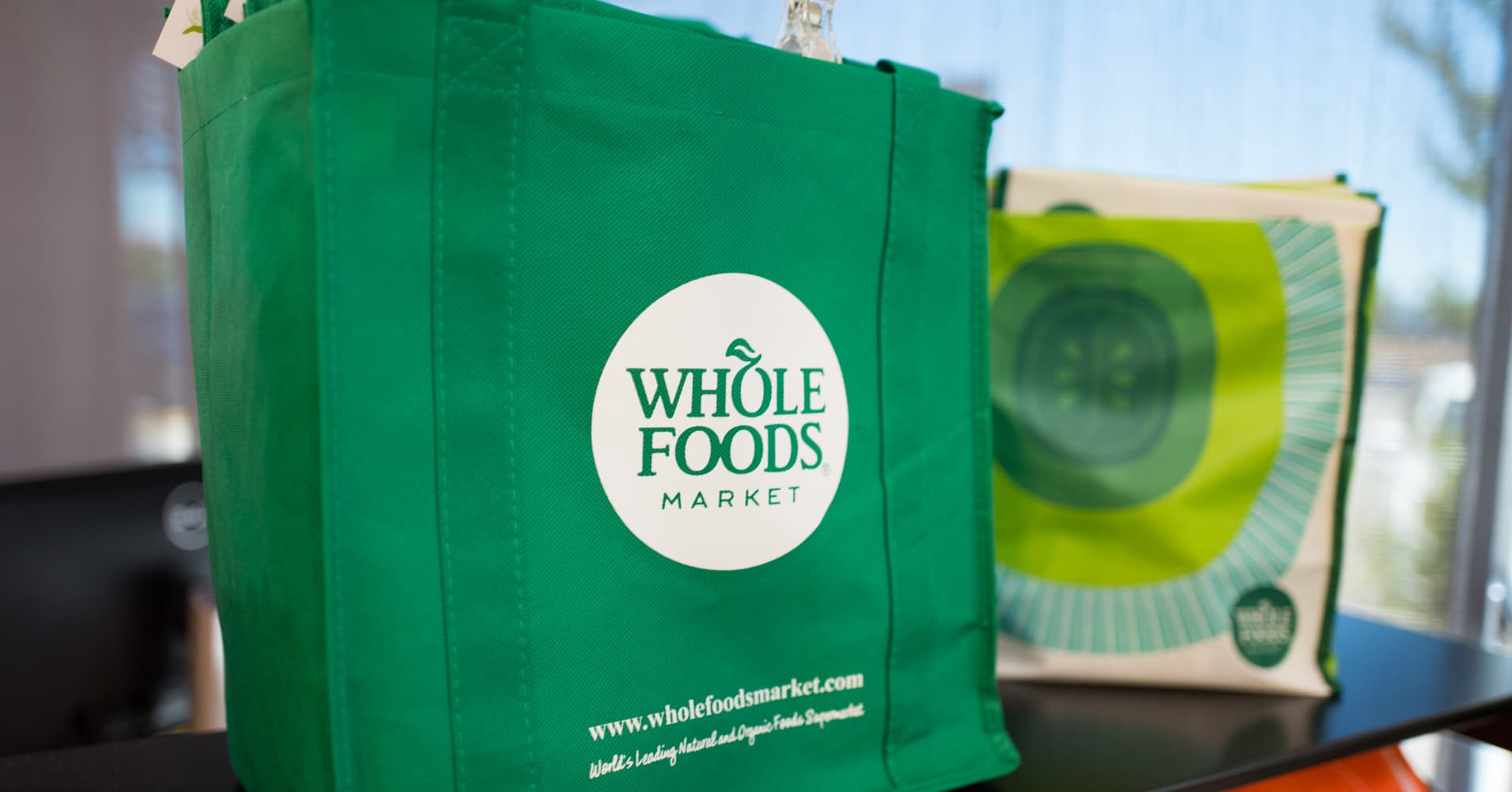 Amazon to expand Whole Foods stores: WSJ