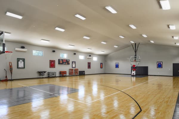 The indoor full basketball court