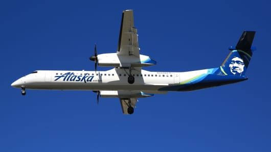 stolen alaska air plane exposes aviation s blind spots