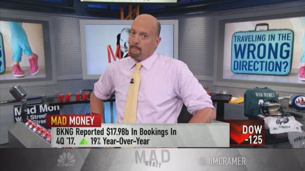 Cramer: Booking Holdings needs to decide whether it's a growth stock or a value stock