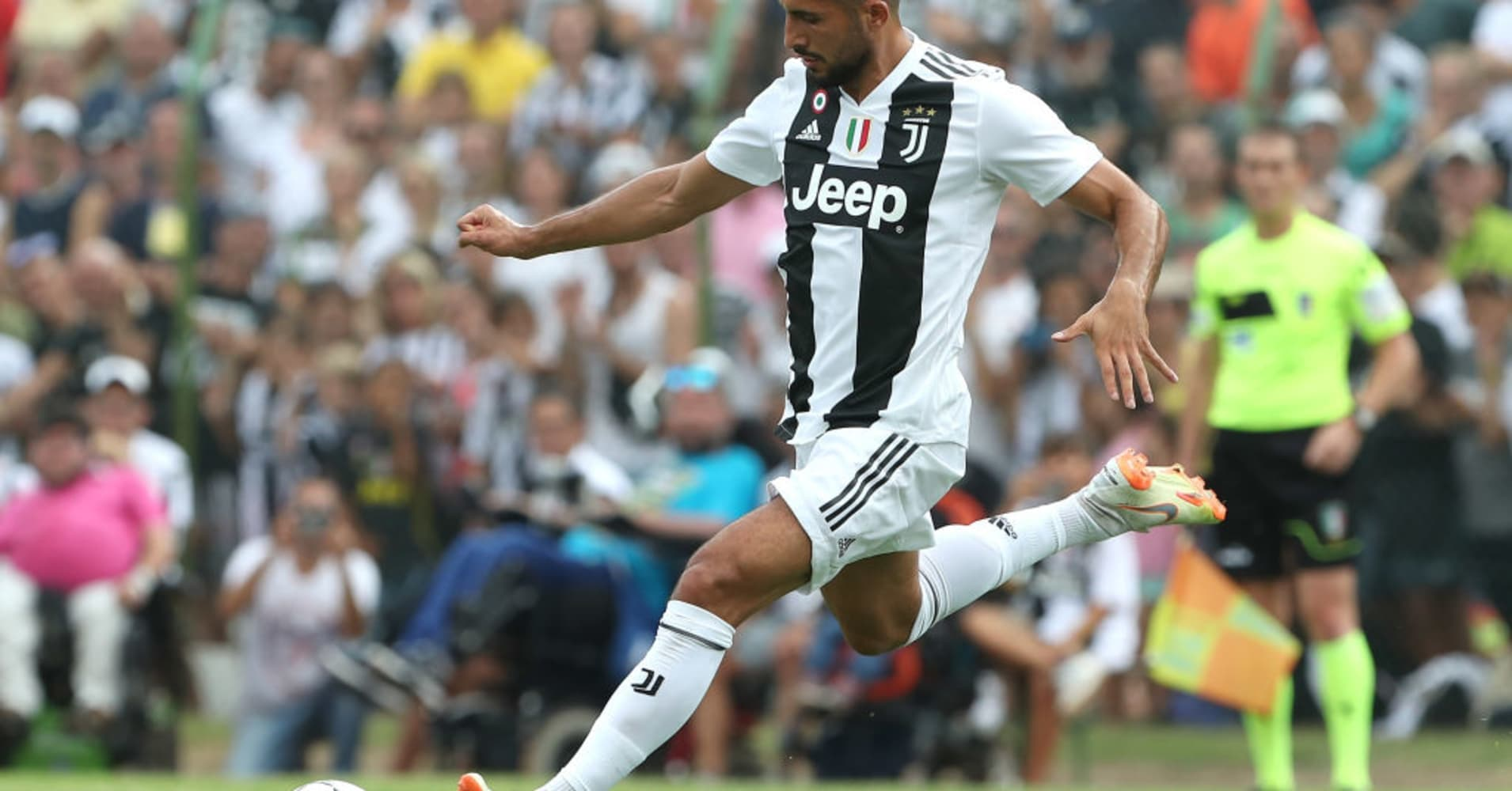 Italian soccer giant Juventus switches to an online channel in a bid to grab a global fan base