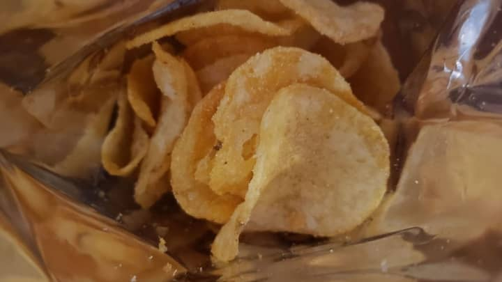 Here, the camera AI is off. The details, like the orange in my BBQ potato chips, isn't as pronounced.