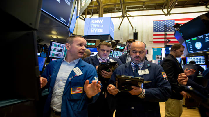 Dow soars over 400 points