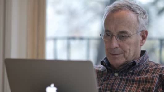 Economist Laurence Kotlikoff is hoping his company's software can prevent individuals from making costly financial decisions.