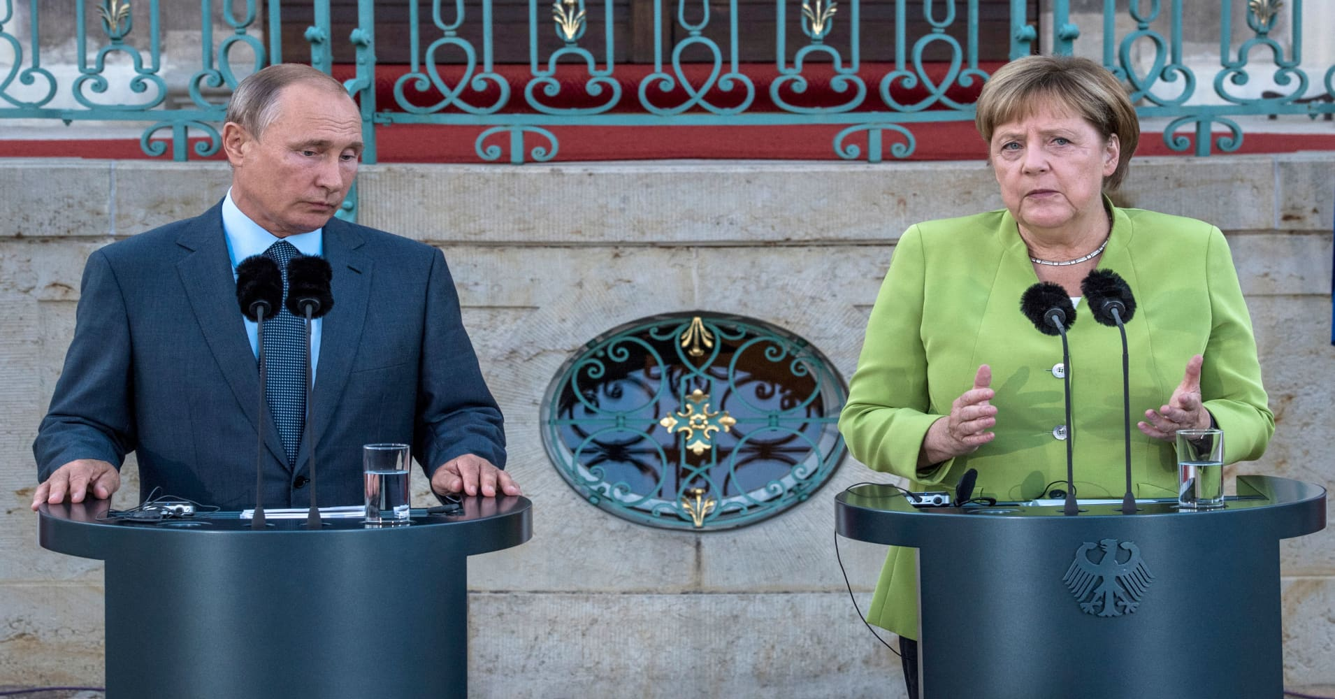 Merkel: We sanction Russia for the sake of international law