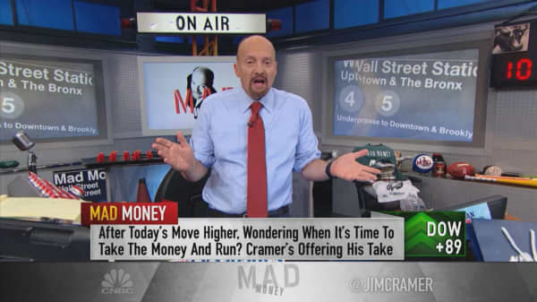 Not too late to buy Walmart: Cramer