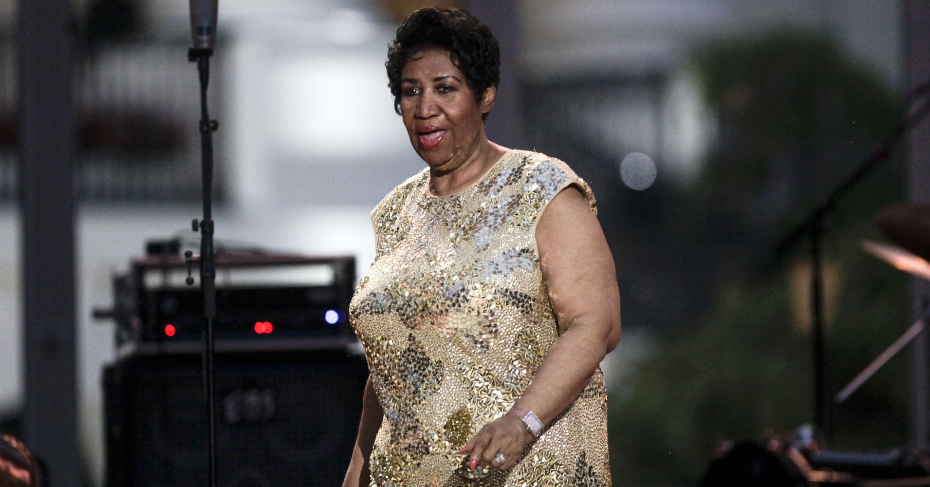 WASHINGTON, DC - APRIL 29: Aretha Franklin performs at the International Jazz Day Concert on the South Lawn of the White House on April 29, 2016 in Washington, DC. The event was presented by actor Morgan Freeman and included remarks by President Obama. (Photo by Aude Guerrucci-Pool/Getty Images)