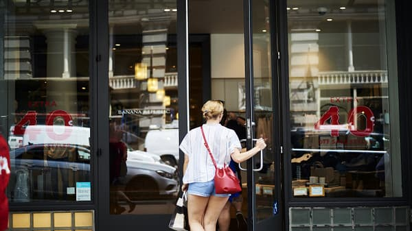 Though retail is on a strong run, some companies are falling behind