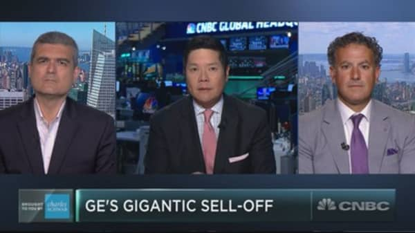 The nightmare for GE continues, but traders are betting on it for the long haul