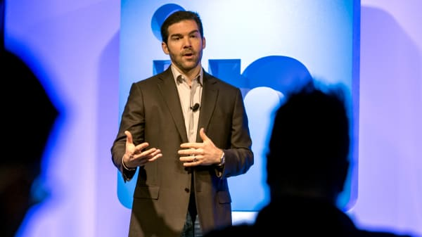 Why LinkedIn CEO Jeff Weiner leaves 90 minutes of his schedule empty every day