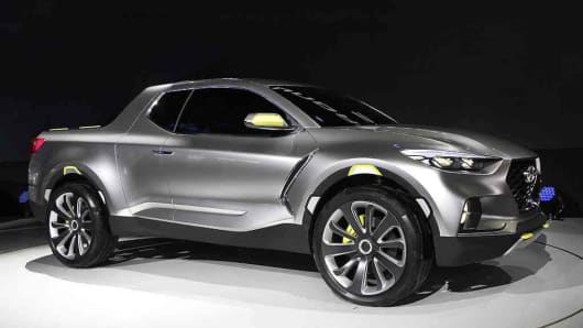 Hyundais Compact Pickup Santa Cruz Heads Closer To Launch - Santa cruz car show