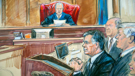 Image result for IMAGES OF MANAFORT JUDGE ELLIS IN COURT